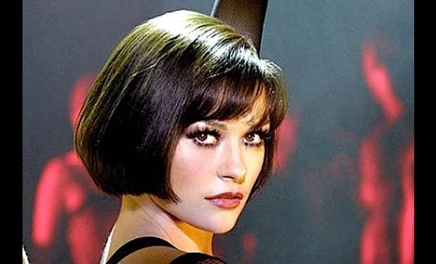 Gorgeous bob haircut Catherine Zeta Jones as Velma Kelly in the film Chicago  Beauty Hair