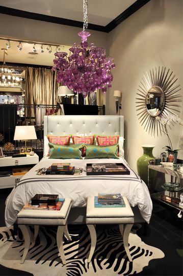 glam feminine bedroom Tight and tidy Small bedroom yet funky