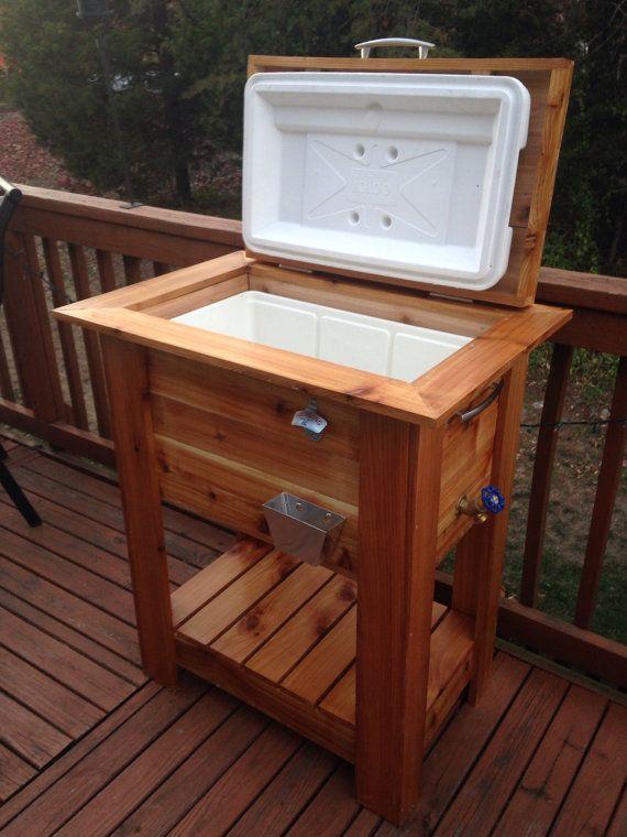 Beautiful cedar wood ice cooler Great deck  patio box or