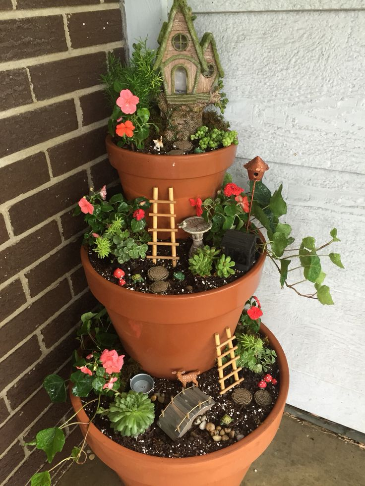 25 Best Ideas About Miniature Fairy Gardens On Pinterest