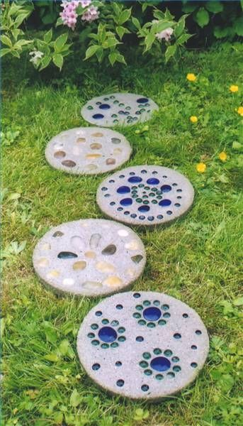 25 Best Ideas About Garden Stepping Stones On Pinterest Garden