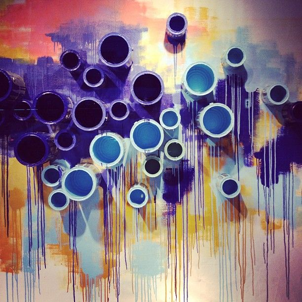 anthropologie  paint cans  display  iloveretaildisplays