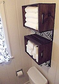Primitive Country Decorating Ideas   Create wall storage with crates DIY