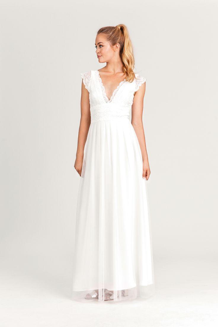 25 best Schlichte Hochzeitskleider ideas on Pinterest  Schlichte brautkleider standesamt
