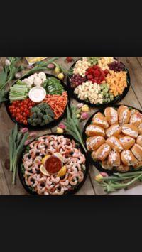 Baby shower food idea! Veggie platter, Sandwiches, Fruit ...
