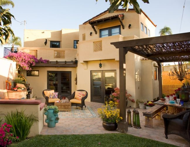 42 best images about Backyard Ideas on Pinterest  Spanish Spanish colonial and Pools