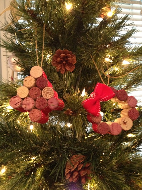 DIY Wine Cork Tree & Wreath Ornaments