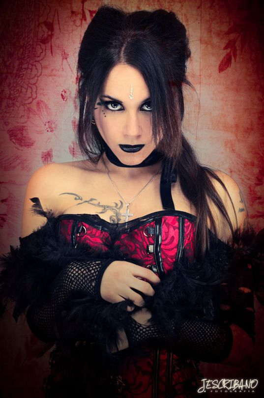 Best 25 Goth women ideas only on Pinterest Hot goth