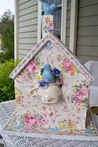 Best 25+ Shabby chic birdhouse ideas on Pinterest | Keep ...