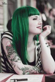 dark green hair hairstyles colors