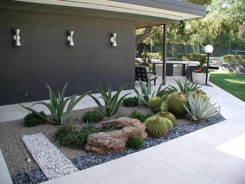 25 Best Ideas About Mid Century Landscaping On Pinterest