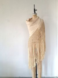 17 Best images about Shawls on Pinterest | Spanish, Wool ...
