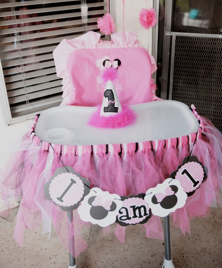Minnie Mouse high chair I am one first birthday Minnie