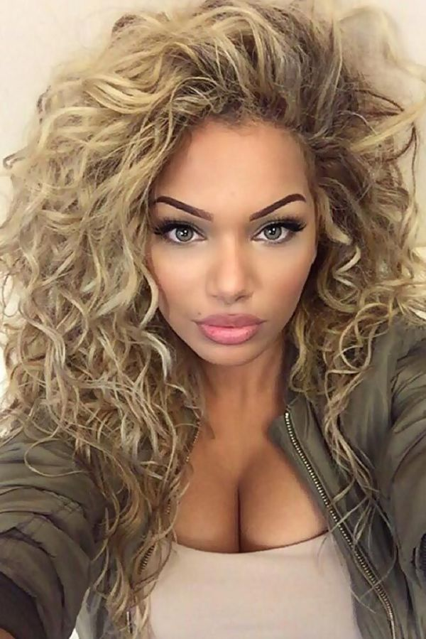 30 Celebrity Hairstyles Curls Hairstyles Ideas Walk The Falls