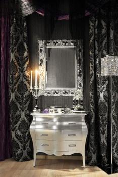 M Magazine upscale Halloween decor    Love this Gothic themed bathroom too!