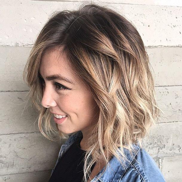 Die Besten 20 Mittellange Blonde Ideen Auf Pinterest