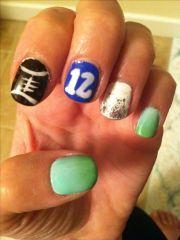 seahawks 12th man nail art