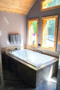 25+ Best Ideas about Two Person Tub on Pinterest