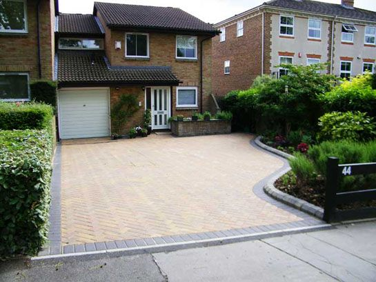 The 25 Best Ideas About Block Paving Driveway On Pinterest