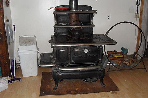 1925 Royal Herald Cook Stove FireplacesStovesamp Grills