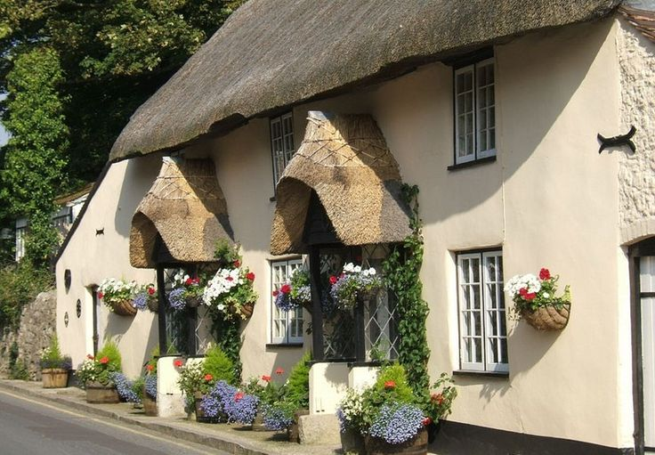 25+ Best English Cottage Decorating Ideas On Pinterest