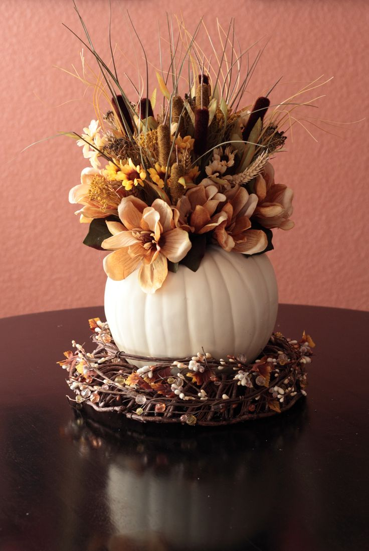 25 best ideas about Autumn Centerpieces on Pinterest  Fall table centerpieces Fall decorating