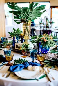 25+ best ideas about Tropical wedding centerpieces on