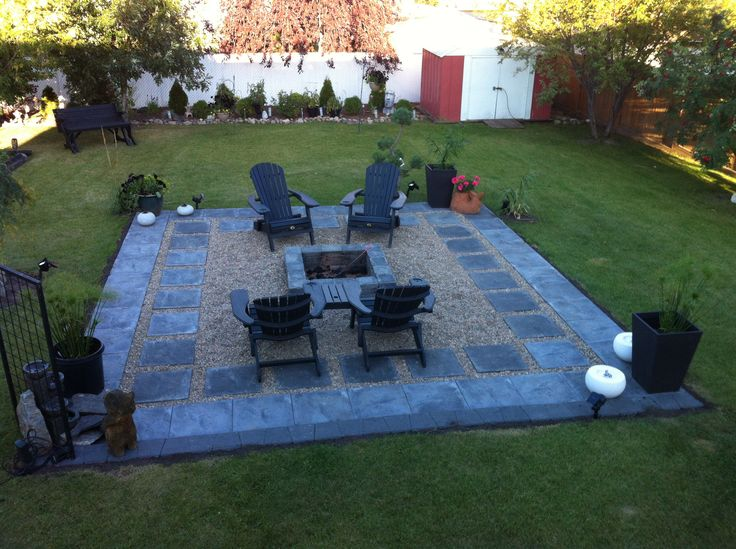 Charcoal Slate Patio Stones With Pea Stone Gravel A