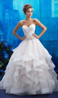 25+ best ideas about Beautiful Dresses on Pinterest ...
