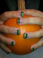 1000 halloween nails