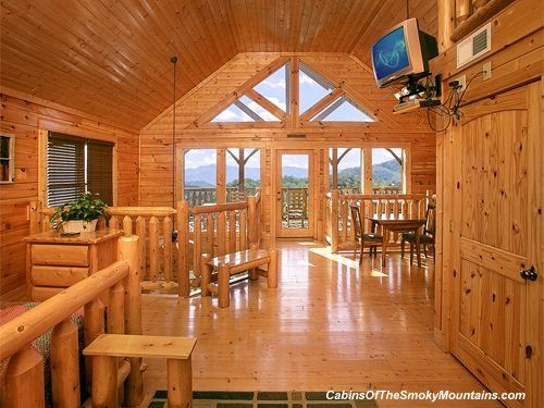 Pigeon Forge Cabin Serenity 2 Bedroom Sleeps 14