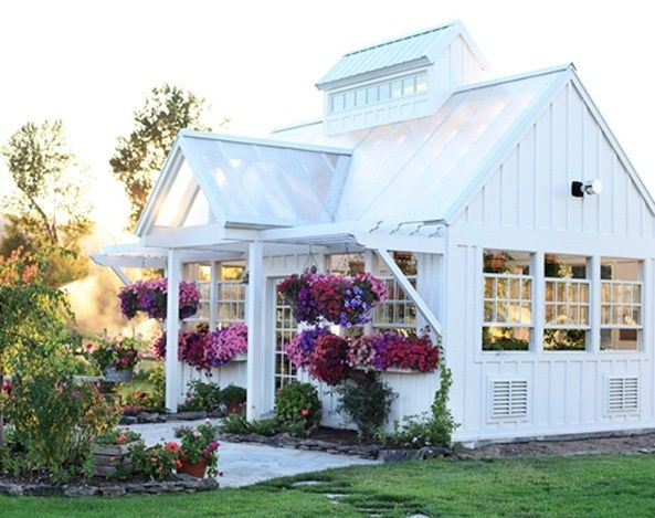 1000 images about Farm Straw Bale OfficeGreenhouse on Pinterest  Straw Bales Earth Bag