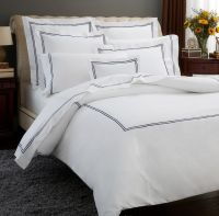 17 Best ideas about Luxury Bedding Sets on Pinterest