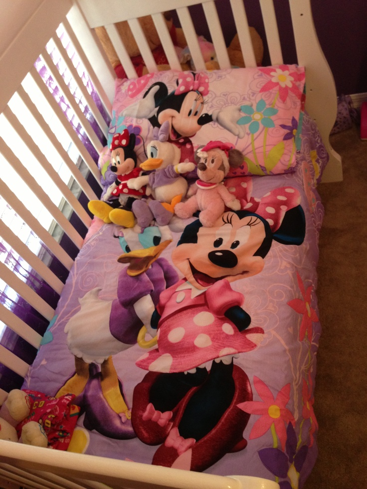 Toddler bedding setMinnie Mouse BowTique w Daisy Ducktoo cute  Childs Room Ideas