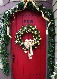 1000+ images about 2013 Christmas Porch & Door Decor Ideas ...