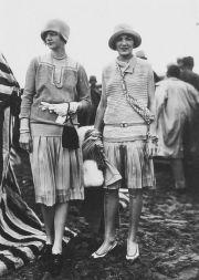 1437 1920s fashion