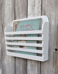 Wall Mounted Magazine Holder - WoodWorking Projects & Plans