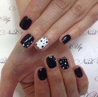 Best 25+ Ring finger nails ideas on Pinterest