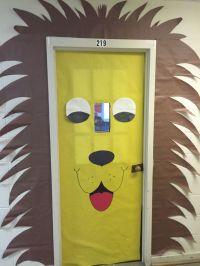 Lion door/bulletin board decoration  | Pinteres