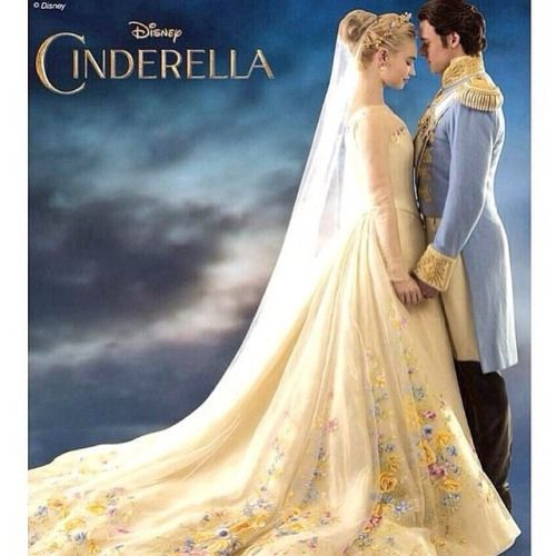 Cinderella 2015 movie wedding dress