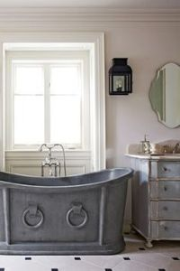 Horse trough bath tub | Eco Homes | Pinterest | The o'jays ...