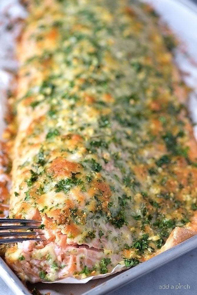 Baked salmon makes a weeknight meal that is easy enough for the busiest of nights while being elegant enough for entertaining.