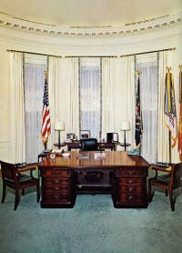 1000+ images about President's Oval Office on Pinterest ...