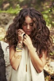 ideas brown curly
