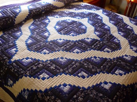14 best images about Amish Log Cabin Quilts on Pinterest  Traditional Quilt and Raising