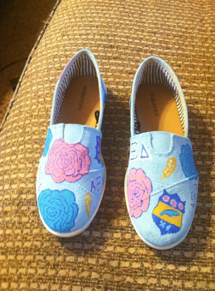17 Best Images About Sorority Footwear On Pinterest Alpha Omicron Pi Pi Beta Phi And Chi Omega
