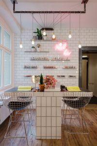 25+ best ideas about Nail Bar on Pinterest | Nail salon ...