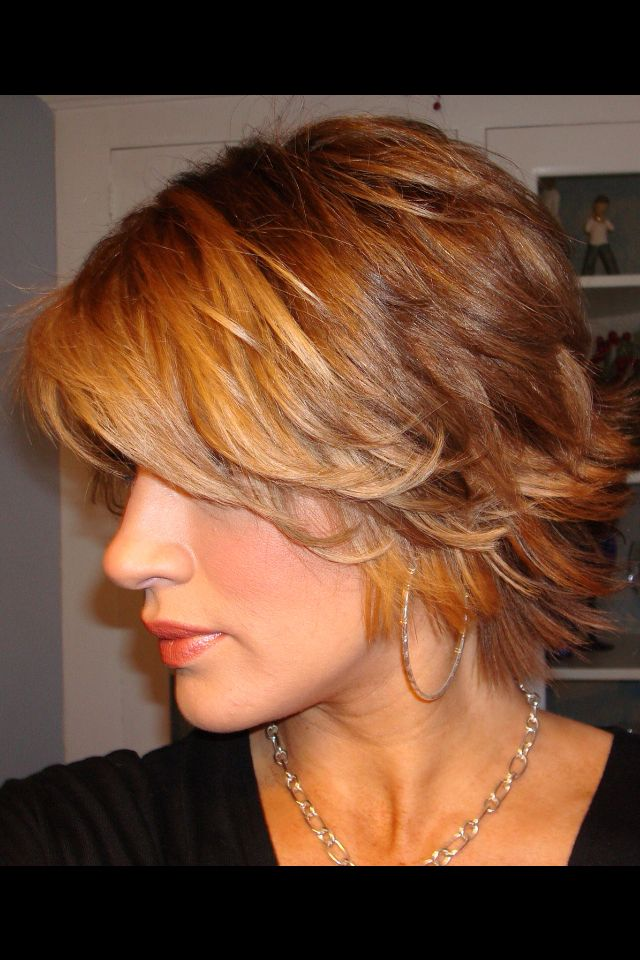 Easy flippy layers  Short cuts If I ever again  Pinterest  Hair style