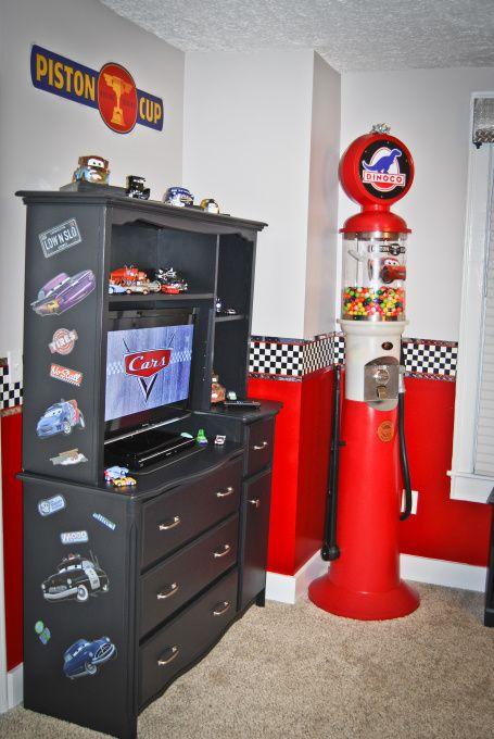 Race Car Bedroom Decorating Ideas Disney Cars Theme Includes A