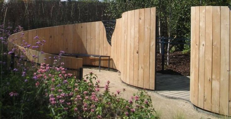 Curved Fence Fences Gates Screens Pinterest Beautiful